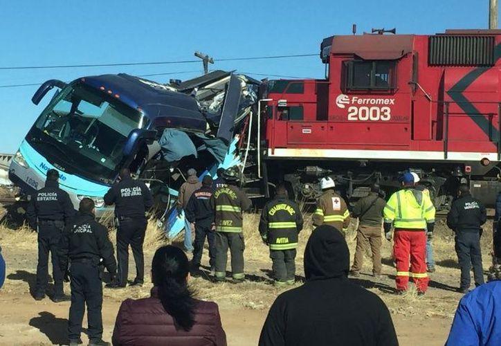 El camión quedó completamente destrozado. (Foto: Debate)