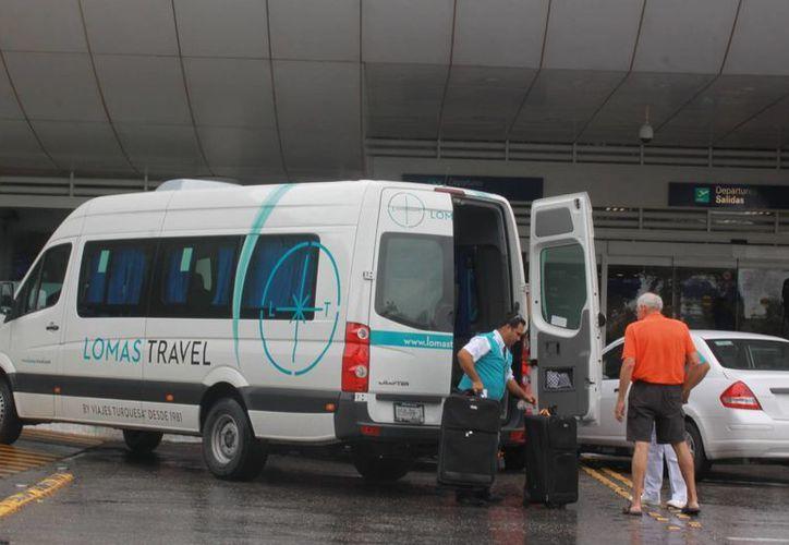Los problemas de las agencias de viajes en su mayoría son por negativa a cambio o devolución de pasajes aéreos o estadías vacacionales. (Israel Leal/SIPSE)