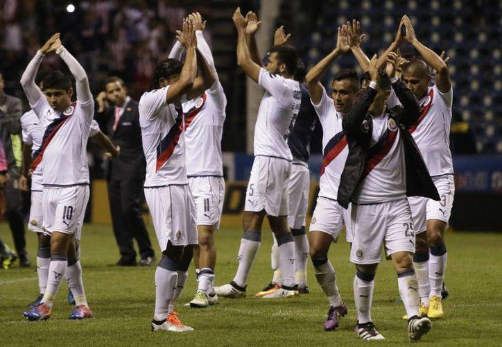 Chivas conquistó su último campeonato de la Liga MX en el torneo Apertura 2016, ante los Diablos de Toluca.(Notimex)