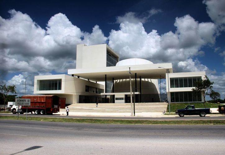 Los diputados electos el pasado 7 junio estrenarán las nuevas instalaciones del Congreso. (Jorge Acosta/SIPSE)