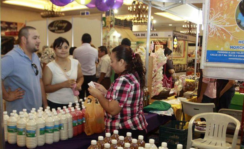 El Contenedor Consolidado Progreso-Houston está dirigido a micros, pequeñas y medianas empresas de Yucatán que deseen exportar su mercancía a Estados Unidos. (Imagen ilustrativa/ Milenio Novedades)