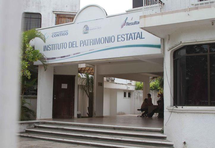 Dos empresas que presuntamente resultaron beneficiadas para adquirir propiedades estatales, se ampararon para no ser indagadas. (Joel Zamora/SIPSE)