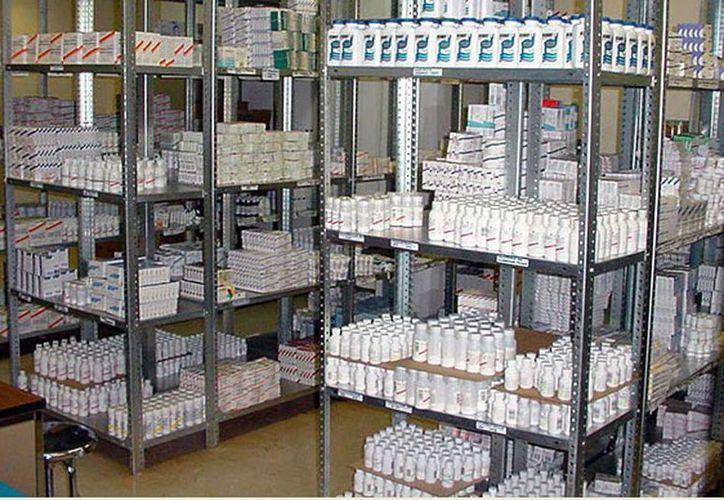 La compra corresponde a la licitación de 735 medicamentos y vacunas -166 de patente y el resto genéricos, y 797 materiales de curación. (Agencias/Archivo)