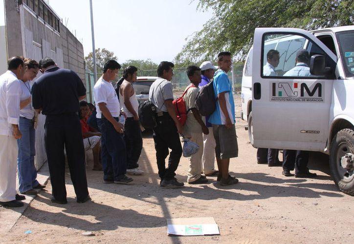 Las personas quedaron bajo el resguardo del Instituto Nacional de Migración. (vanguardia.com)