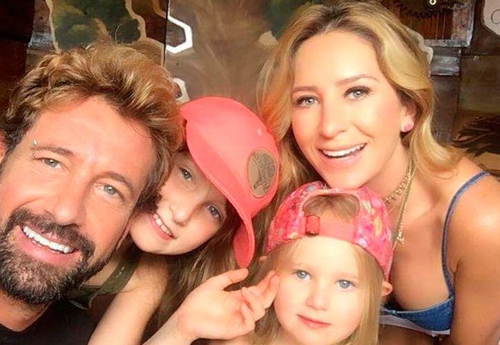 Gabriel expresó su felicidad porque contó que la Navidad la pasará junto a sus hijas. (Instagram)