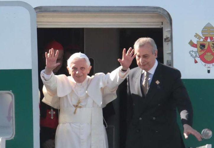 La renuncia del Papa causo diversas reacciones en el mundo. (Agencias)