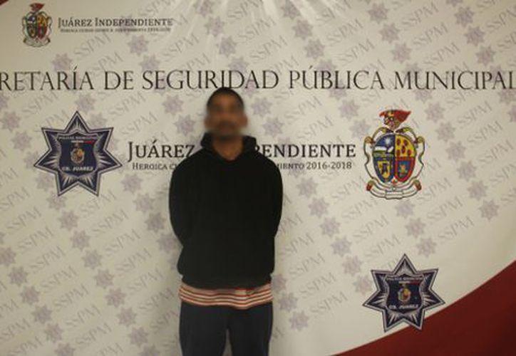 La detención corrió a cargo de agentes de la Secretaría de Seguridad Pública Municipal. (Foto: López Dóriga)