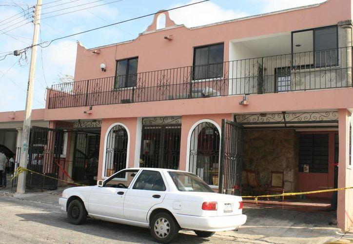 La casa donde asesinaron a la mujer en Fovissste Pensiones. (Jorge Sosa/SIPSE)