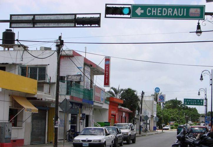 La circulación de los vehículos se hizo desde ayer más fluida en el centro de la zona urbana. (Manuel Salazar/SIPSE)