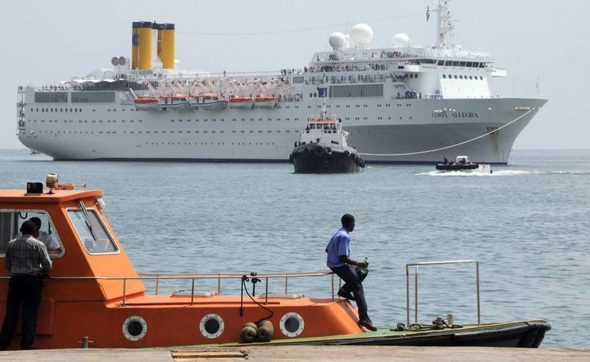 El crucero Triumph será remolcado a Progreso, Yucatán. Imagen de contexto. (Archivo/EFE)