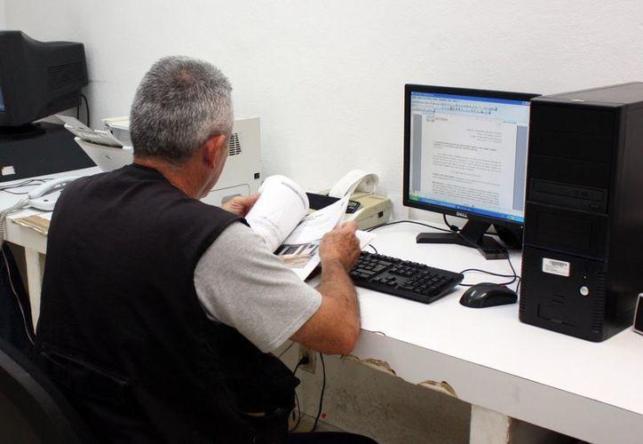 Un perito valuador requiere de una labor de investigación por diversas vías para indagar el costo en el mercado de algún artículo. (Milenio Novedades)
