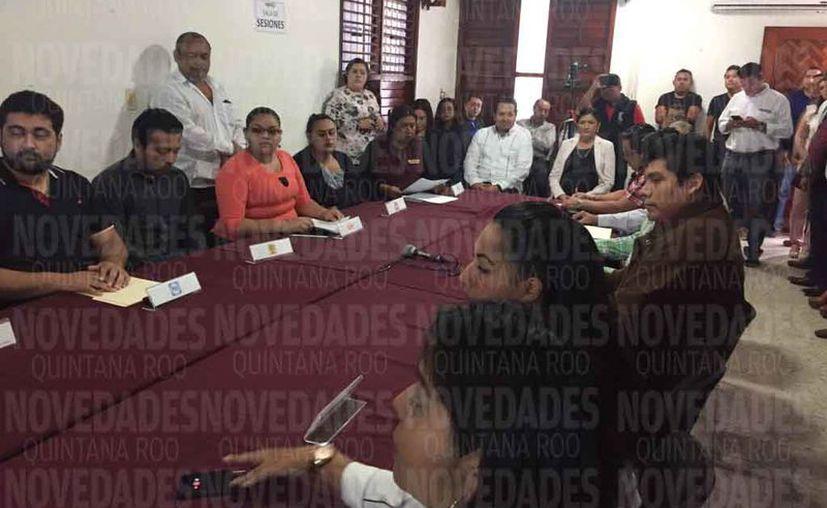 Los nuevos presidentes fueron designados en presencia de los representantes de los partidos políticos. (Joel Zamora/SIPSE)