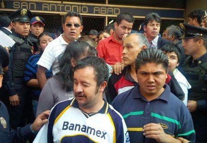 Debido al enfrentamiento el servicio del Metro en la estación San Antonio Abad fue suspendido unos 40 minutos. (Milenio)