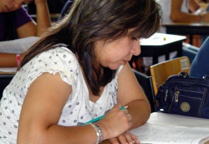 Los profesores enfrentan el desafío de fortalecer al magisterio, indica el SNTE. (Archivo/SIPSE)