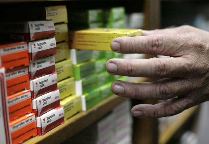 A través de grupos de venta, se comercializan medicamentos, incluso los que requieren de una receta. (Internet)