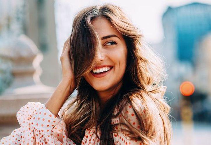 Una sonrisa es mejor que una cara bonita. (groupon)