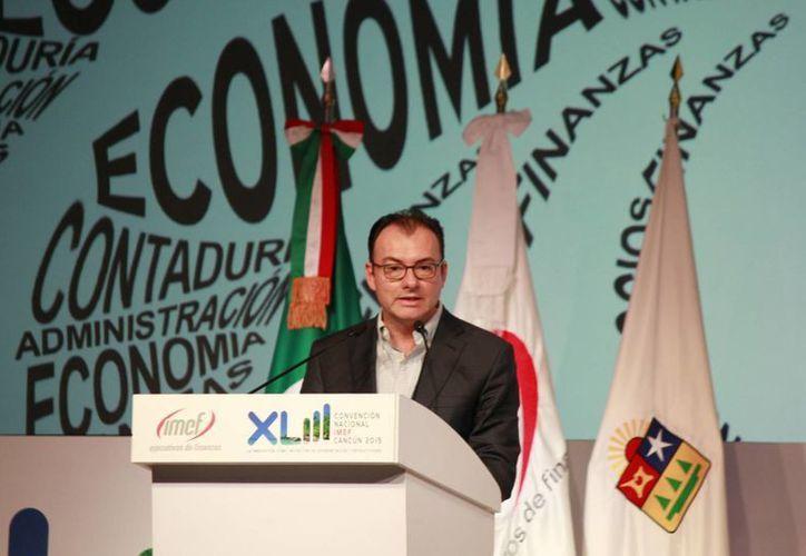 Luis Videgaray durante un evento de la IMEF en Cancún. (Luis Soto/SIPSE)