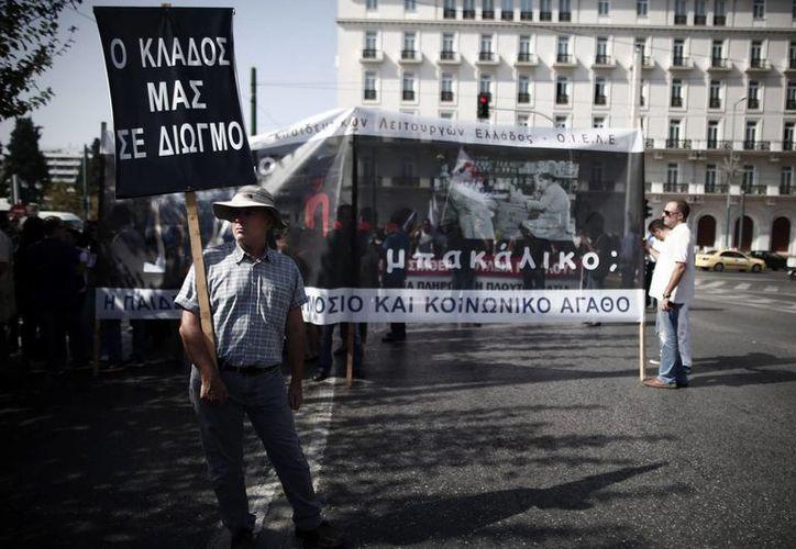 Mnaifestación celebrada el pasado 15 de octubre en Atenas, contra las medidas de austeridad impuestas por el gobierno. (Archivo/EFE)