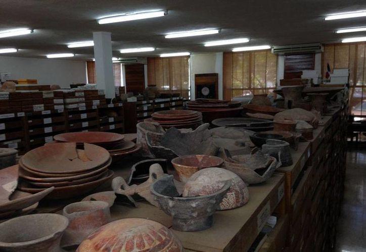Yucatán ha logrado recuperar cientos de vestigios arqueológicos de manos de particulares, quienes los encontraron en sus predios. La imagen es ilustrativa. (Milenio Novedades)