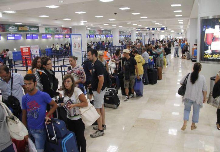 De un millón 254 mil 194 que tuvo en 2012 pasó a un millón 429 mil 779 de pasajeros. (Israel Leal/SIPSE)