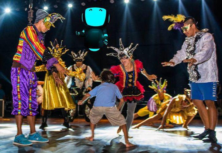 El espectáculo futurista 'Dreaming of Tomorrow Show' se presentará en el Teatro de la Ciudad. (Octavio Martínez/SIPSE)