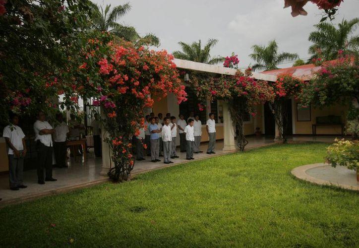 Los seminarios de Chetumal y Cancún ya se preparan para el próximo ciclo seminarista. (Angel Castilla/SIPSE)