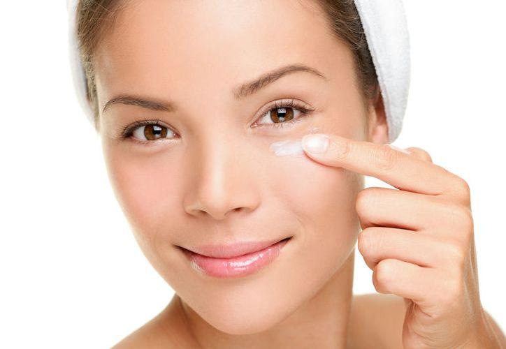 Estos tips remedios caseros son efectivos ayudando a reducir las bolsitas debajo  de los ojos.  (Foto: Contexto Internet)