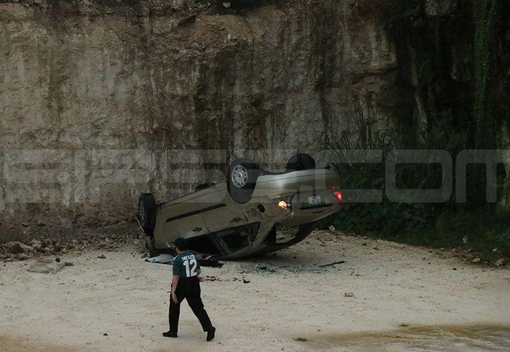 El conductor salió ileso a pesar del impacto. (Carlos Navarrete/SIPSE)