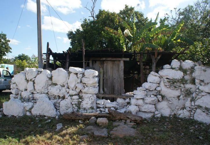 Marcelino Chan vivía en extrema pobreza en Cansahcab. (Milenio Novedades)