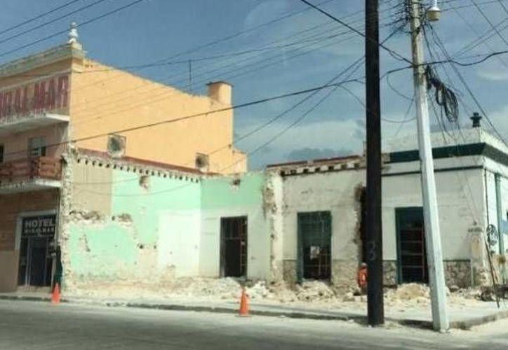 El antiguo edificio de Progreso cuya demolición suspendió el INAH. (Óscar Pérez/SIPSE)