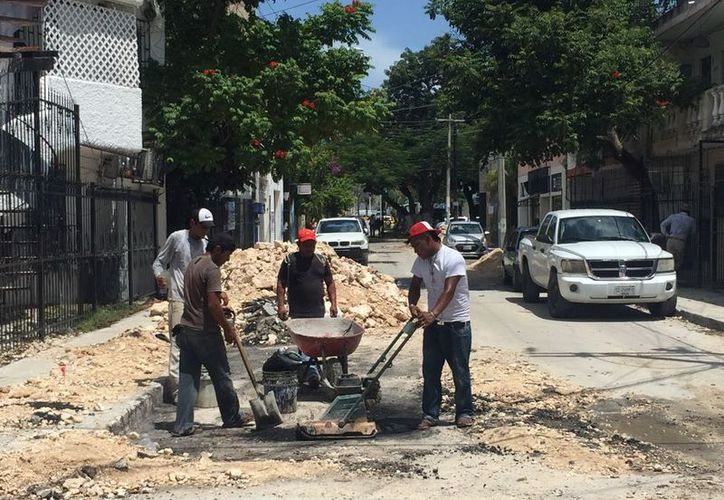 Estos trabajos se están llevando a cabo en varios puntos de Cancún. (Sergio Orozco/SIPSE)