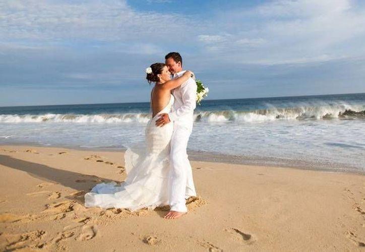 Las bodas simbólicas son las que se realizan mediante sacerdotes mayas, tienen gran aceptación entre este mercado. (Contexto/Internet)