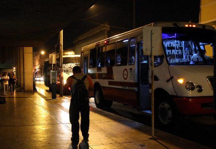 Según el Ayuntamiento, 60 por ciento de los meridanos usa el transporte público para trasladarse. (Archivo/SIPSE)