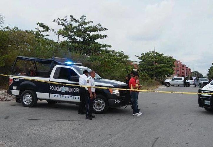 Fueron detenidos frente a la Región 100, entre las avenidas López Portillo y Chac Mool. (Redacción/SIPSE)