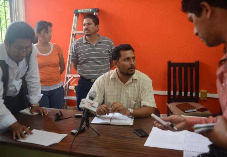 Integrante del Comité de Lucha dijo que las autoridades educativas no están cumpliendo con lo pactado.  (Tomás Álvarez/SIPSE)