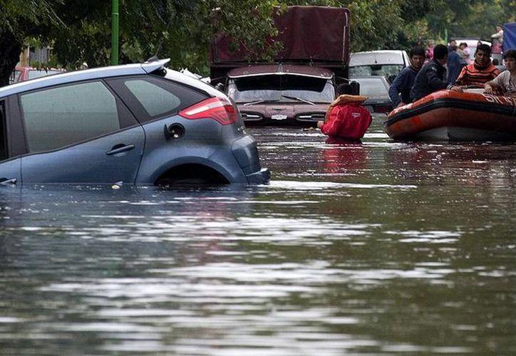 Los investigadores piden tomar precauciones ante El Niño. (Archivo/AP)