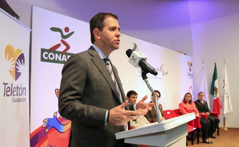 El mandatario dio a conocer la noticia durante la reunión que sostuvo, este viernes, con los deportistas Olímpicos de México.(Notimex)