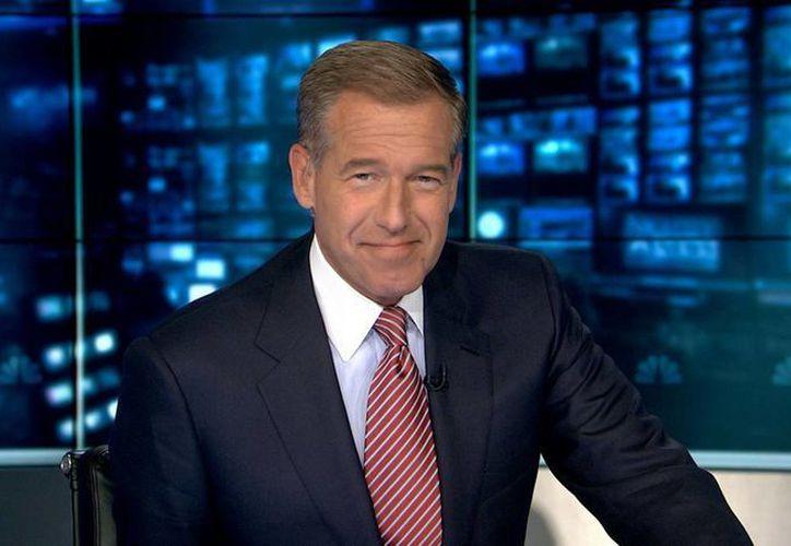 El helicóptero en el que iba el comunicador de NBC, Brian Williams, no fue el que se estrelló por los disparos de un lanzagranadas, como él relató. Ahora él fue suspendido. (nbcnews.com)