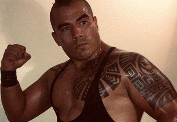 """Jesús Medina Cruz, verdadero nombre de Corsario de Fuego, fue herido en la función """"Cementerio de Máscaras"""" (Foto: @cordobaladia)"""