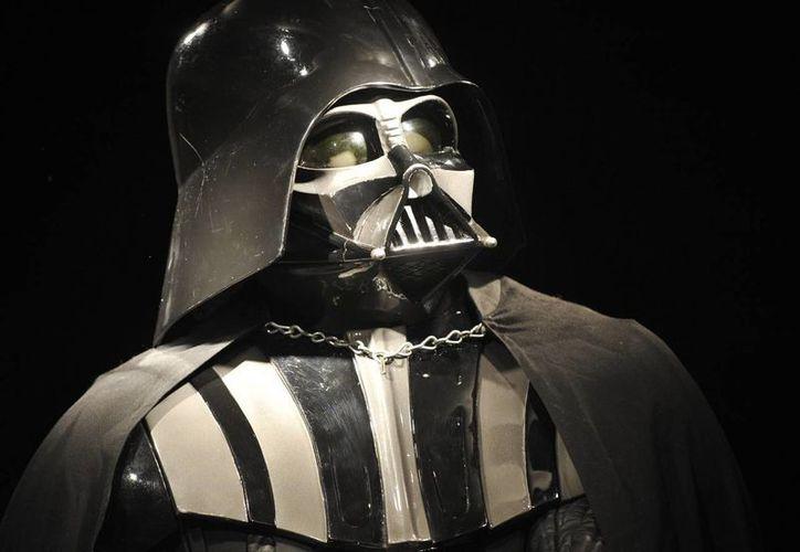 'Dart Vader', antagonista de la saga, es de los personajes que más fans tienen. (Agencias)