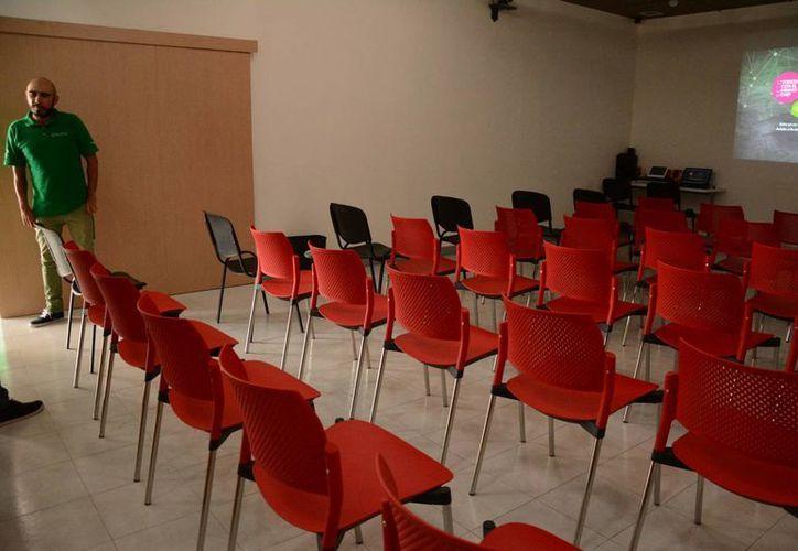 Varias universidades transmitieron las conferencias. (Victoria González/SIPSE)