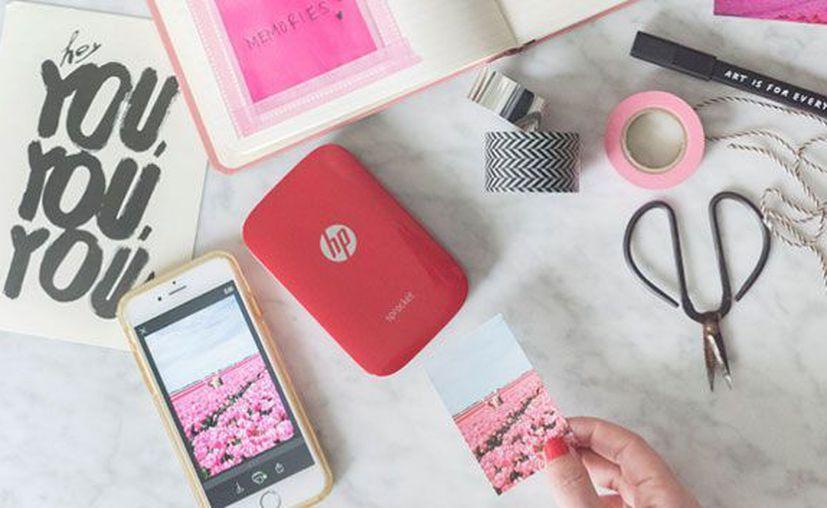 HP lanzó Sprocket, una impresora de bolsillo portátil para conectar el smartphone o la tablet. (Contexto/Internet).