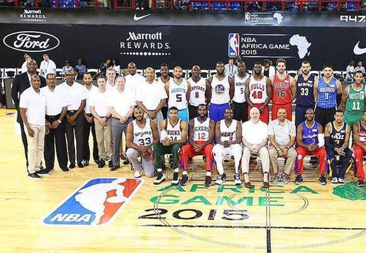 El continente africano acogió por primera vez en la historia un duelo entre jugadores del basquetbol profesional de los Estados Unidos. (Nicolas Batum Facebook)