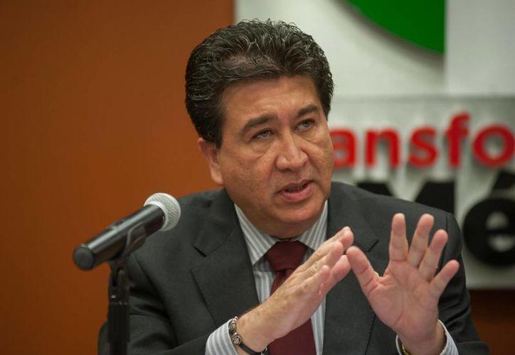 Héctor Yunes Landa, candidato único al gobierno de Veracruz, ha ocupado distintos cargos dentro del partido tricolor. Su primo Miguel Ángel se perfila como candidato por la alianza opositora PAN-PRD. (Facebook/HÉCTOR YUNES LANDA)