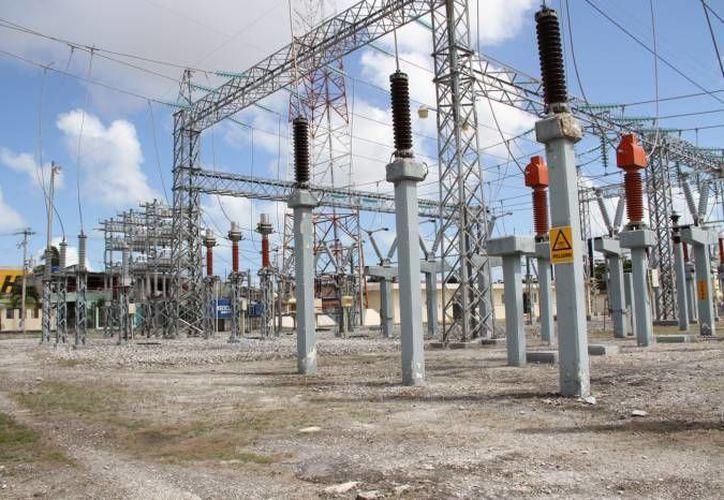 La CFE anunció que incrementará el abasto de energía para Yucatán. (Foto de contexto de SIPSE)