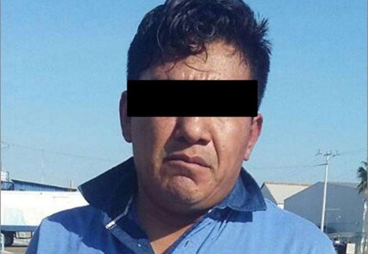 Elementos de la Marina detuvieron a un Rey que trabaja para 'El Licenciado'. El detenido es Rey David Santiago Vargas (foto), jefe de plaza del cártel de Sinaloa. (Foto tomada de excelsior.com.mx)