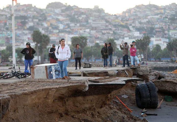 Según las autoridades, el sismo de hoy no causó víctimas o daños visibles y es una réplica más del terremoto, que suman más de 600 en una semana. (EFE/Archivo)