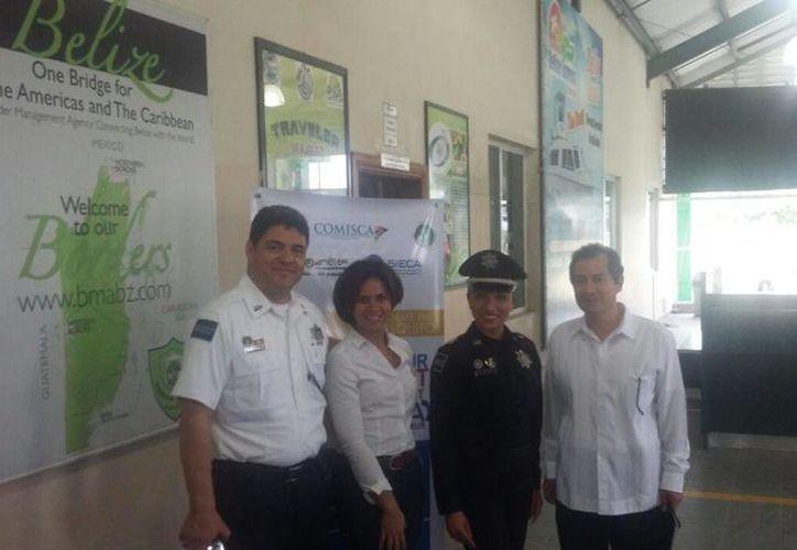 La coordinadora visitó el Departamento de Inmigración y Nacionalidad. (Redacción/ SIPSE)