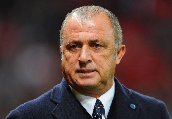 El entrenador turco Fatih Terim fue sancionado con 9 juegos. (www.goal.com/Archivo)