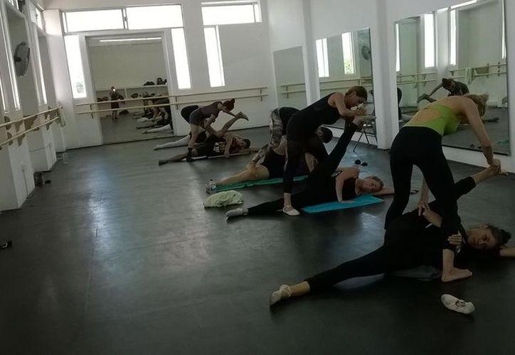 Las actividades se desarrollarán en las instalaciones de la Escuela de Danza Talulah, en Playa del Carmen. (Alejandra Flores/SIPSE)
